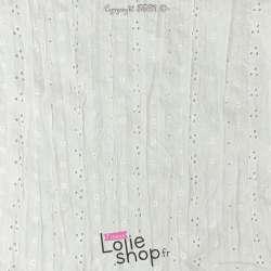 Tissu Voile Blanc de coton Froissé Broderie Anglaise au mètre