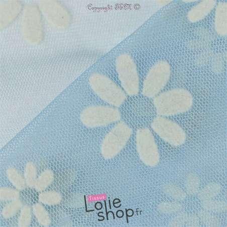 Tulle Bleu Clair Floqué de Fleurs Blanches