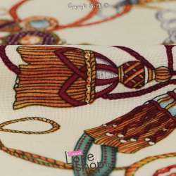 Tissu Viscose Imprimé Chaines Fond Crème