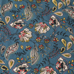 Tissu viscose fond bleu à motif Paisley