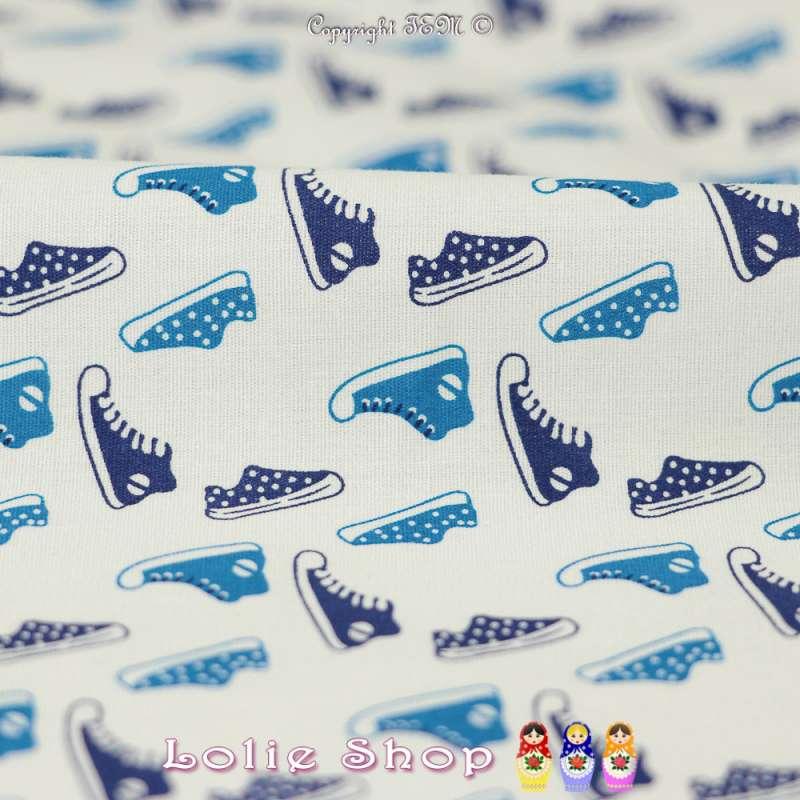 Coton Imprimé Petites Basket Ton Bleu Fond Blanc