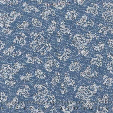 Tissu Microfibre Imprimé Bouquets de Fleurs Fond Denim Clair. 15 x 15 Cm Photo