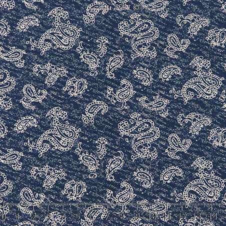Tissu Microfibre Imprimé Bouquets de Fleurs Fond Denim Foncé. 15 x 15 Cm Photo