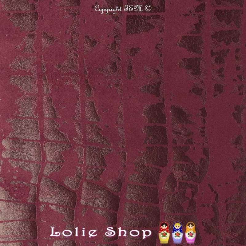 Tissu Suédine Effet Texture Peau de Croco Couleur Bordeaux